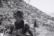 Portraet Junge in Favela in Rio